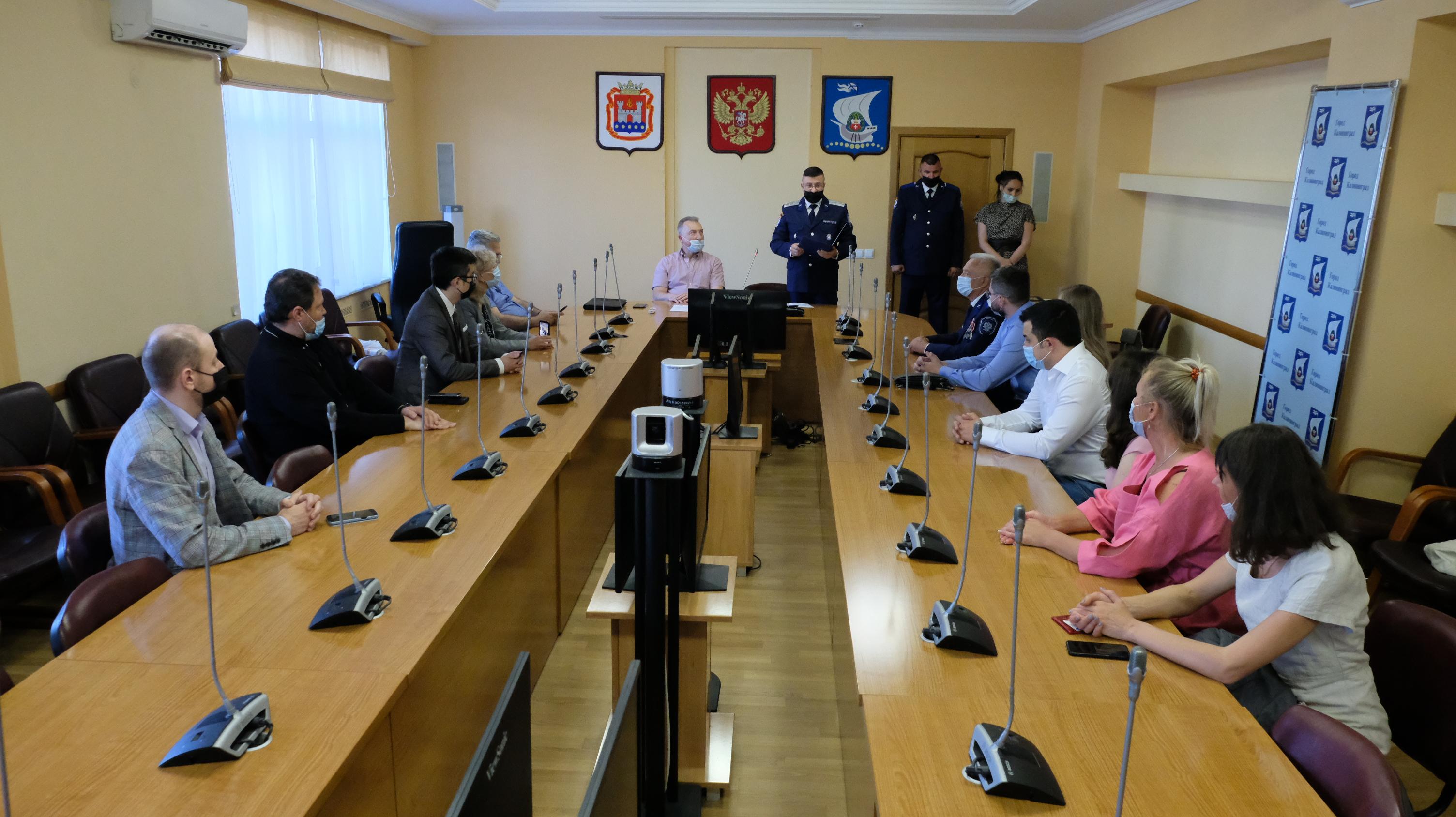 В Калининграде наградили отличившихся в Абхазии медиков